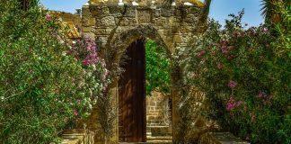 Μοναστήρια Αττική