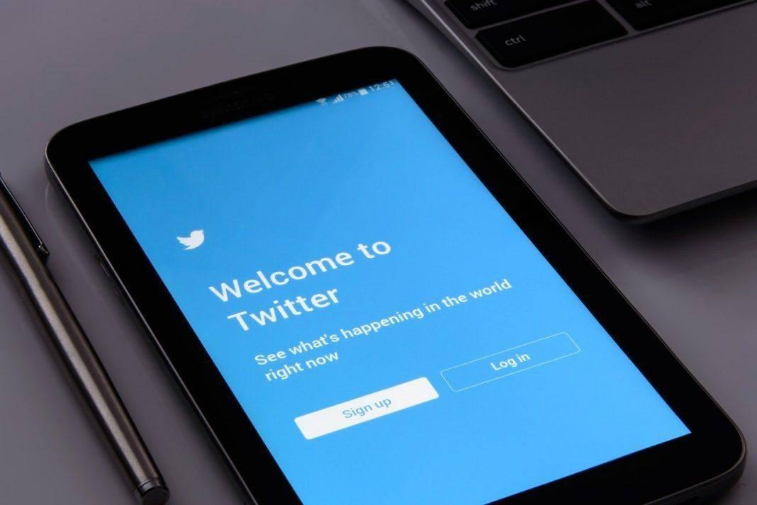 Twitter κορονοϊός